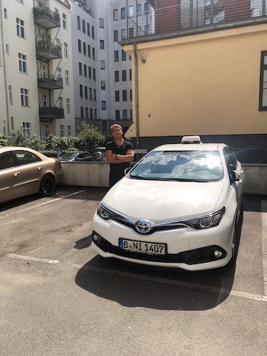 Fahrschule am Adenauerplatz - Toyota Auris